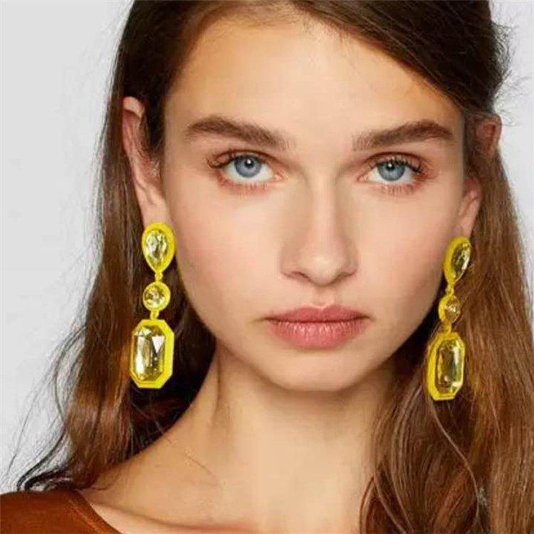 Örhänge earring guld jewelry diamond green