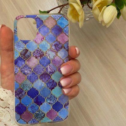Mobilskal till iPhone11 med orientaliska mosaik-mönster