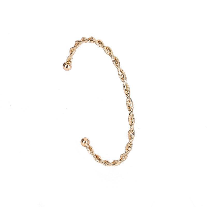 Enkelt handgjort armband med guldplätering