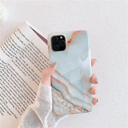 Mobilskal till iPhone11 med unikt marmormönster