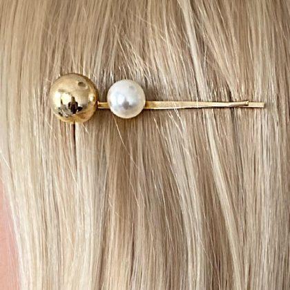 Hårnål med pärla och kula i guld