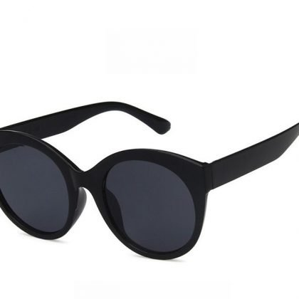 Coola runda svarta solglasögon trend 2020