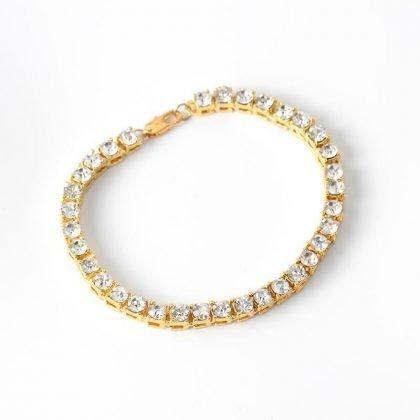 Vackert armband med diamanter lyx gåva