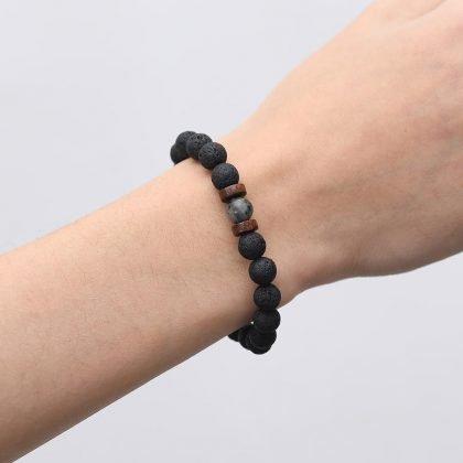 Naturliga vulkaniska stenar armband