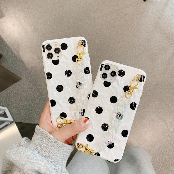 iPhone 12 & 12 Pro Skal prickigt svart vit med vristband