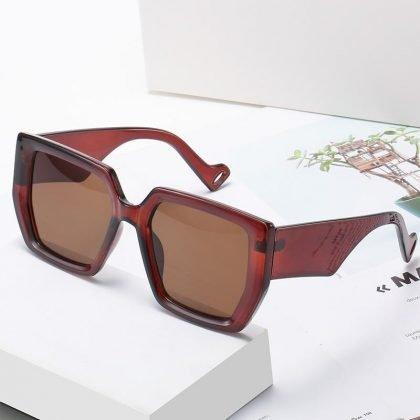 Trendiga solglasögon med breda tempelbågar UV400 rektangulära