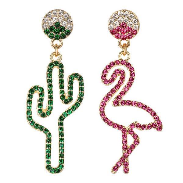 Coola örhängen med 1 flamingo och 1 kaktus