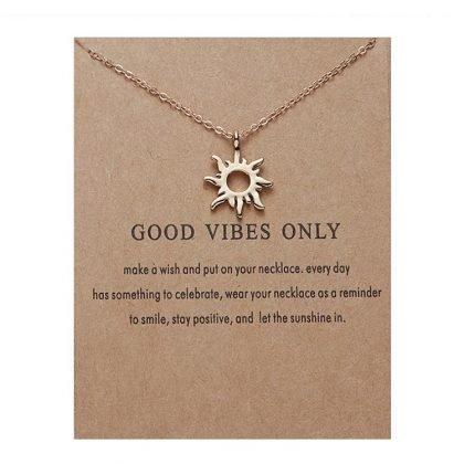 Good vibes only -halsband med sol 18K guldpläterad gåva vibrationer