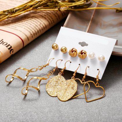 Örhängen set á 6 stk guldpläterade hjärta skruvar löv guld