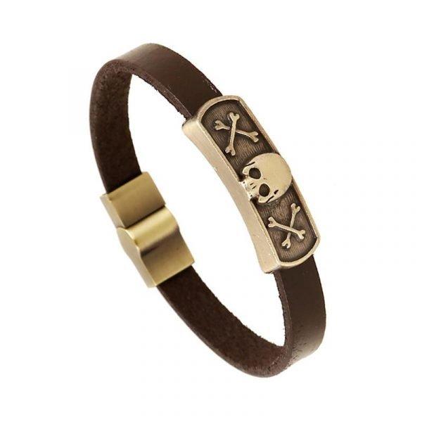 Brunt armband i äkta läder med dödskalle i guld och magnet