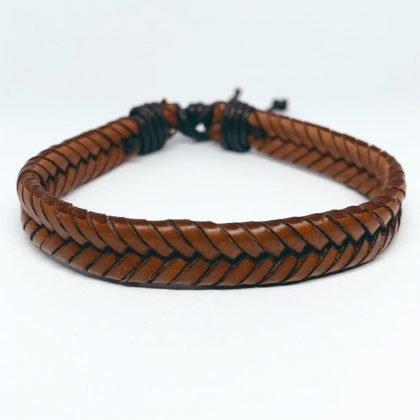 Två i ett bruna flätade armband i äkta läder handgjorda