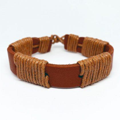 Brunt/orange armband i äkta läder med snören