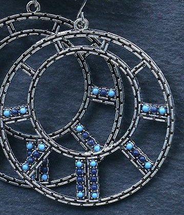 Örhängen hoops med blå stenar silverpläterade