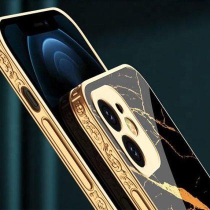 iPhone 12 Pro Lyxigt glas-skal guld barock elegant svart